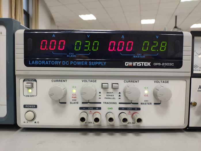 电位差计的简单原理_电位差计面板示意图